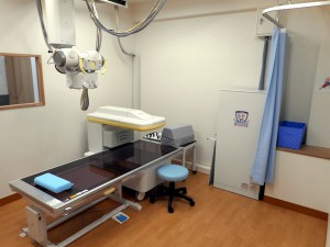 用賀リッキー整形外科レントゲン室