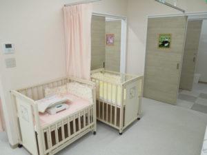 へんみ赤ちゃんこどもクリニック処置室