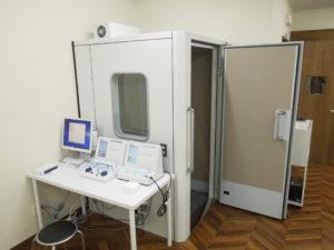しらさぎ耳鼻咽喉科クリニック聴力検査室