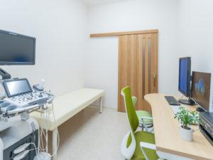 メディカルケア内科診察室