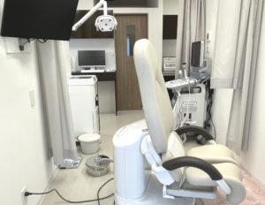 ウィメンズヘルスクリニック刈谷銀座内診室