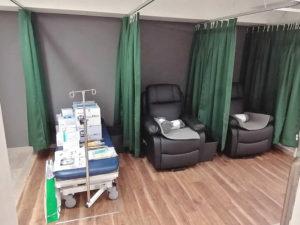 京町堀内科外科クリニック処置室